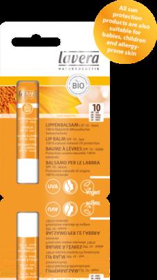 sun lippen Sun Lip Balm SPF 10 100% Minerale bescherming voor gevoelige lippen Waterproof beschermende lippenbalsem voor zachte en beschermde lippen. Hoge kwaliteit organische ingrediënten als sheaboter en jojoba-olie zorgen voor een intensieve verzorging van de lippen en voorkomt uitdrogen. € 4,95