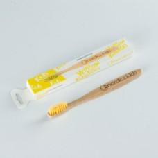 nordics-kids-toothbrush-yellow